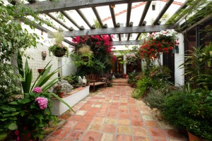 2646 29th Street 20JUL2010 PadPix 17 300x200 2646 29th St Santa Monica Home for Sale Contest